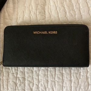 Michael Kors Jet Set saffiano leather wallet